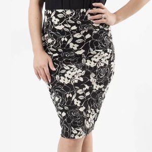 Agnes & Dora floral pencil skirt, NWT